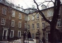 Le Vieux Monastère des Ursulines à Québec où l`abbé Beaumont fut aumônier pendant 32 ans