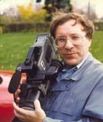 Photo de l'abbé René Tessier au travail.