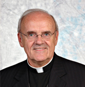 Mgr Eugène Tremblay, évêque émérite d'Amos au Québec
