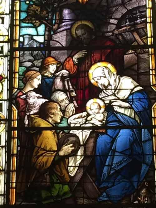 Vitrail de la Basilique-Cathédrale Notre-Dame de Québec  (Crédits photo :  H. Giguère)