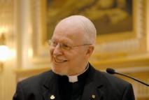 Photo de Mgr Hermann Giguère P.H. à cathédrale de Québec lors d'une intervention