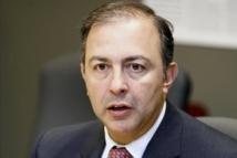 Monsieur Sam Hamad, député de Louis-Hébert