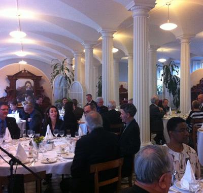 Banquet pour les maires de la MRC de la Côte-de-Beaupré dans le réfectoire du Pavillon Jean-Olivier-Briand le 5 avril 2013 pour le 350e du SME (Photo H. Giguère)