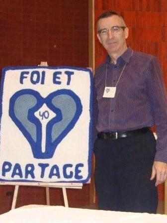 L'abbé Martin Laflamme lors du 40e anniversaire de Foi et Partage à Québec en 2012
