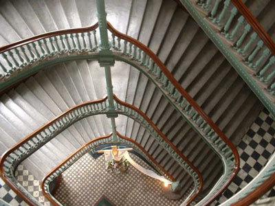 Le Grand escalier du Pavillon Jean-Olivier Briand du Séminaire de Québec