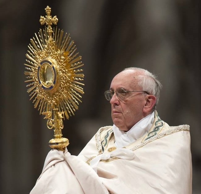 Homélie pour la Fête-Dieu, la fête du Saint-Sacrement du Corps et du Sang du Christ (Année A) « Nous avons tous part à un seul pain »