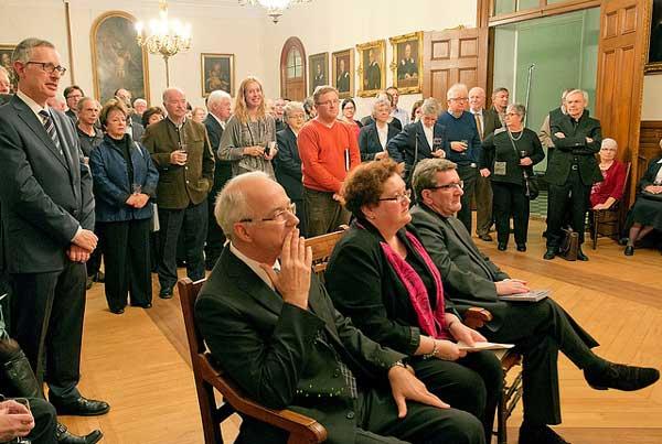 Lancement du livre de David Mendel à la Salle des prêtres du  Pavillon Jean-Olivier Briand le 20 novembre 2013