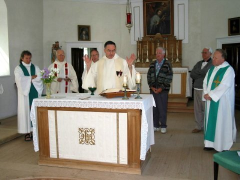 Concélébration à chapelle du Petit Cap