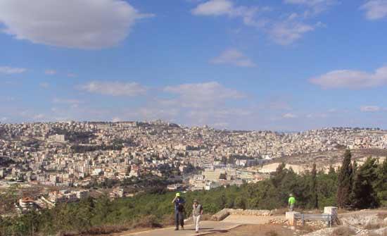 La ville de Nazareth aujourd'hui (Crédits photo : H. Giguère)