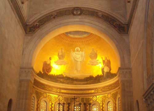 L'église de la Transfiguration sur le mont Thabor en Terre Sainte (Crédits photo : H. Giguère)