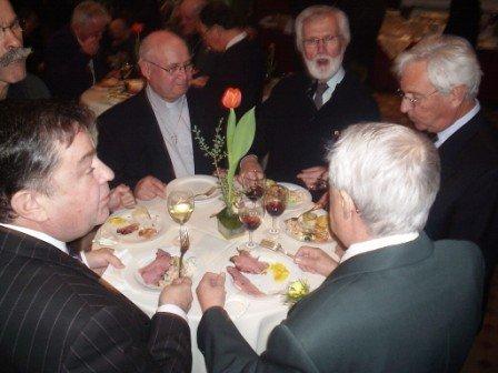 Confrères prêtres au repas festif du 26 mars 2008