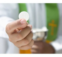 Les divorcés-remariés et  l'accès aux sacrements de Pénitence et d'Eucharistie  Note 2 par Mgr Pierre Gaudette