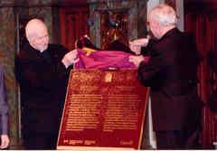 Dévoilement d'une plaque sur Mgr de Laval