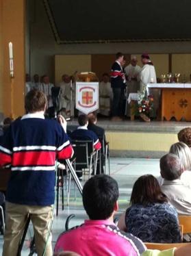 Photo prise lors de l'inauguration des locaux du Petit Séminaire diocésain au 2215, Marie-Victorin en 2010