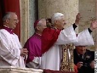 UN NOUVEAU PAPE: BENOÎT XVI