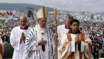 Le pape François à Quito lros de son voyage pastoral en en Équateur en 2015