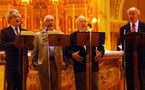 """Le groupe musical de prêtres québécois """"Los Padres Misioneros"""""""