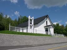 Photo de l`extérieur de la Chapelle Notre-Dame du Lac Poulin en Beauce au Québec