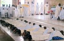 Ordination diaconale au Cameroun d'un ancien séminariste à Québec, l'abbé Théodore Étotoué