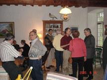 Un moment de fraternité de la communauté des  prêtes du Séminaire de Québec avec les personnes collaboratrices et les prêtres associés à Petit Cap