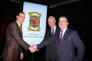 Monsieur Marc Dallaire, directeur-général du Collège François-De-Laval, le chanoineJacques Roberge, procureur du Séminaire de Québec et monsieur Philippe Leclerc, président du Conseil d`administration du Collège.
