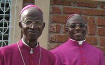 Mgr Jean-Baptiste Somé et son successeur Mgr Der Raphaël Dabiré Kusiélé