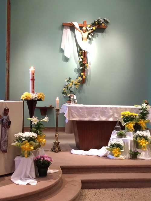 La chapelle du Séminaire de Québec décorée pour la fête de Pâques (Crédits photo ; un séminariste du Grand Séminaire de Québec)