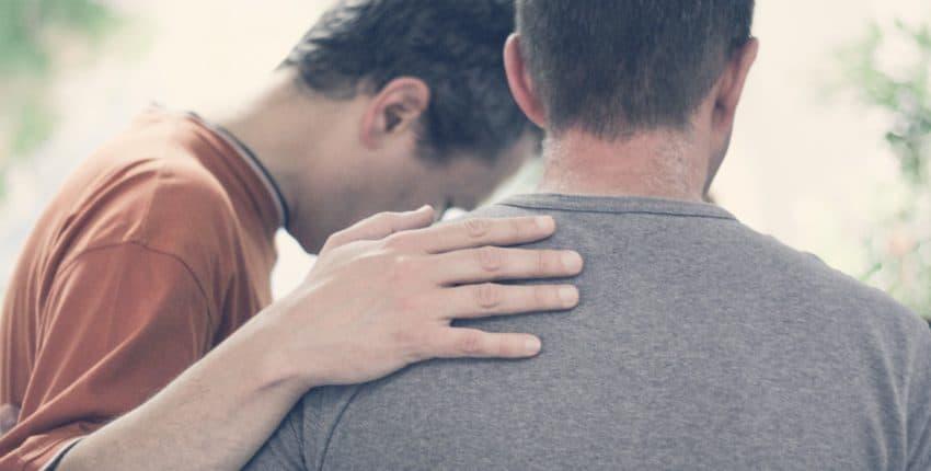 « Pierre et Jean leur imposèrent les mains, et ils reçurent l'Esprit Saint » Actes 8, 17 (Domaine public)