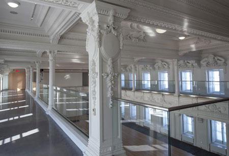 La Salle des promotions du Séminaire de Québec Crédits Photos Luc-Antoine Claude Couturier